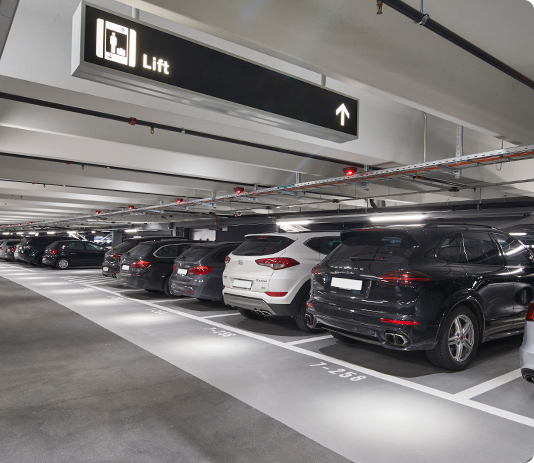 Book parking spaces at Zurich Airport online